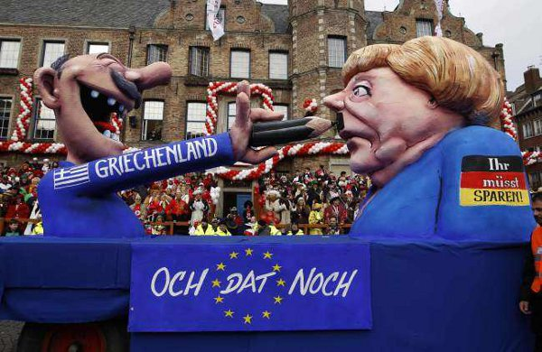 Merkel gets Hitler moustache from Greece