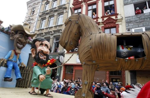 Obama/Ahmadinejad float in 2010 Cologne Carnival parade