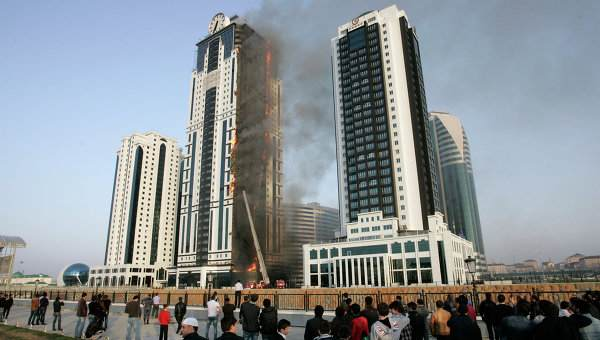City Apartment Building Chechnya S Tallest Building Catches Fire The Building
