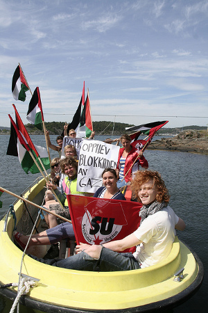 Utøya Island youths in boat