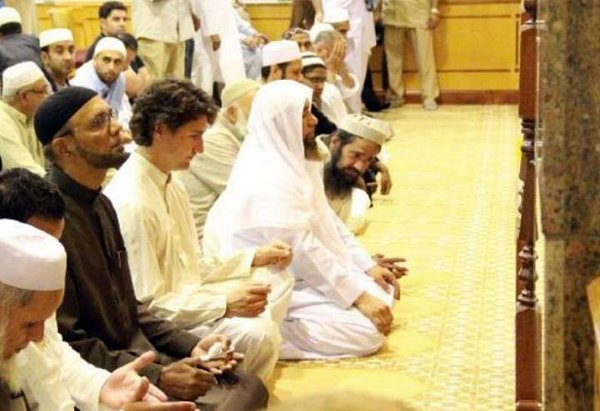 Justin Trudeau praying in a mosque