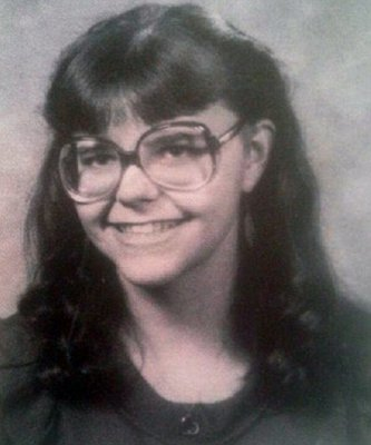 Pia Davida Farrenkopf - high school photo